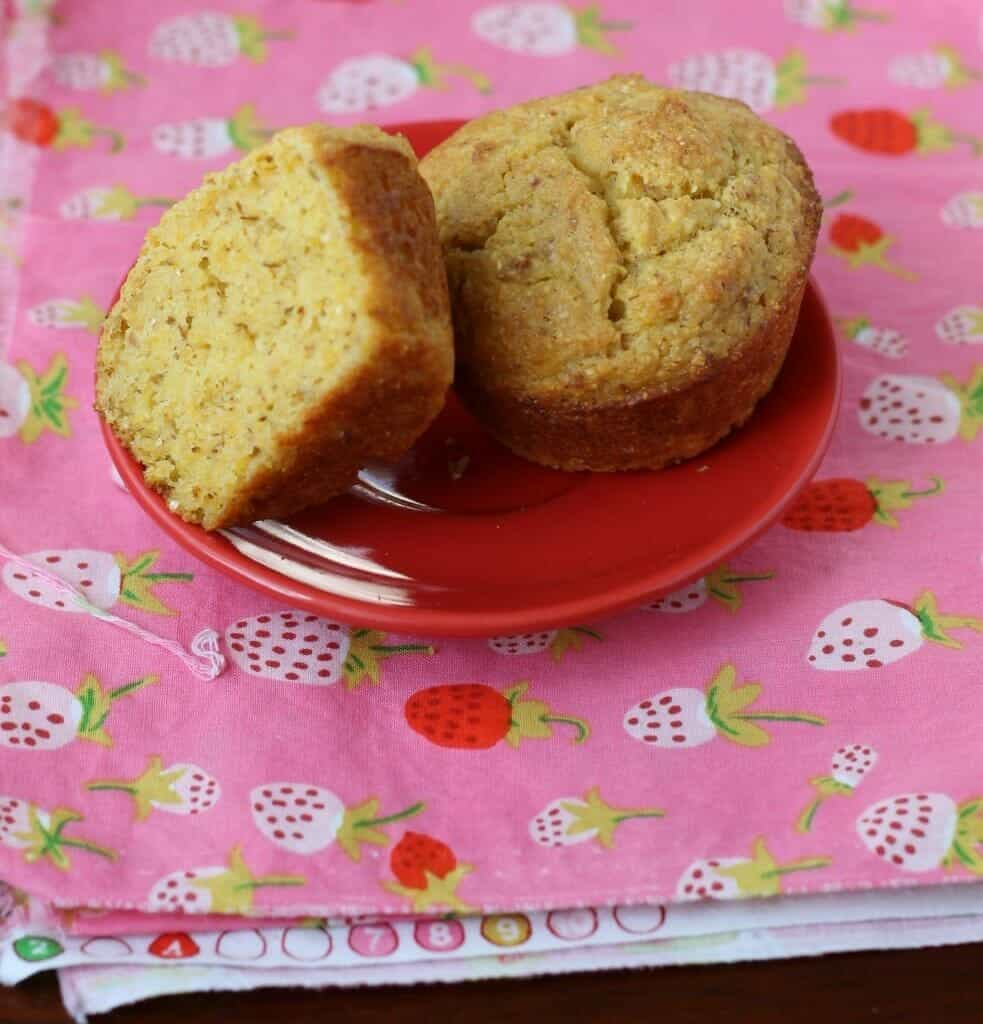 gluten free maple cornmeal muffins