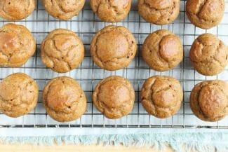 Mini Healthy Pumpkin Muffins