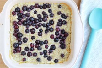Baked Oatmeal Recipe with Blueberries and Coconut