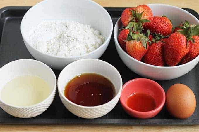 ingredients in strawberry cupcakes