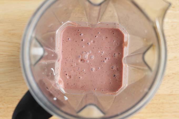 cherry smoothie in blender