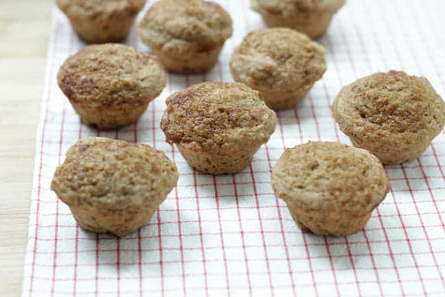 Healthy Snickerdoodle Muffins with Apples