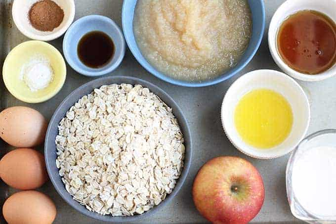 ingredients in apple cake