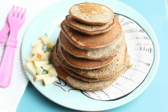 How to make applesauce pancakes