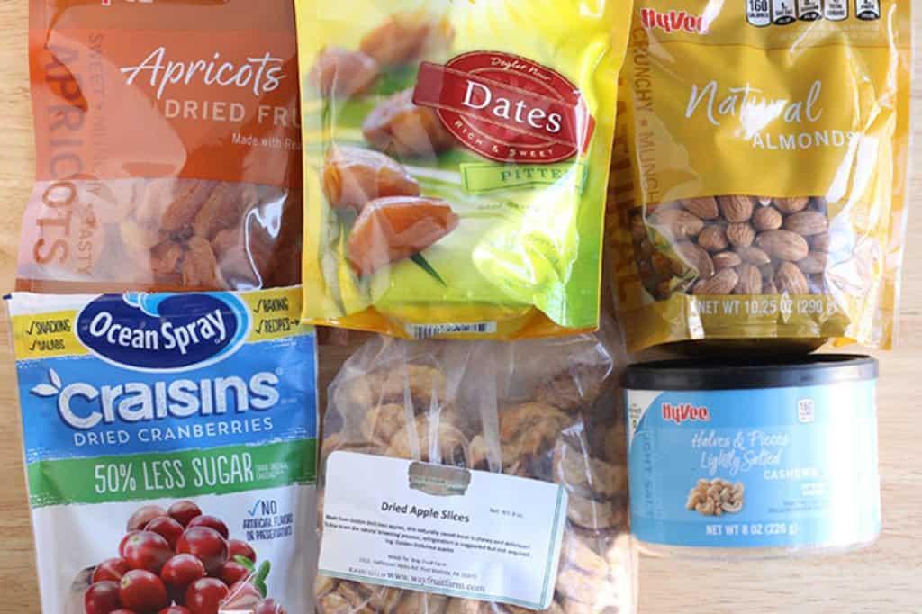 ingredients-in-no-bake-energy-bites