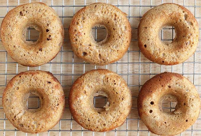 baked apple donuts cooling