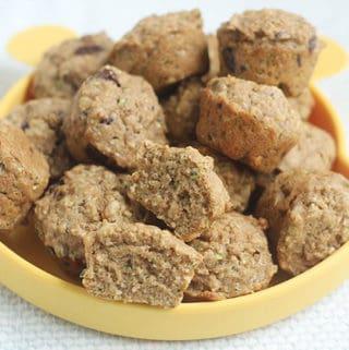 vegan-zucchini-muffins-on-yellow-plate