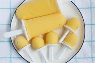 Easy Mango Popsicles