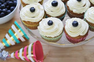 Healthy Banana Cupcakes with Cream Cheese Frosting