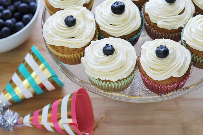 Brilliant Healthy Banana Cupcakes With Cream Cheese Frosting Funny Birthday Cards Online Alyptdamsfinfo
