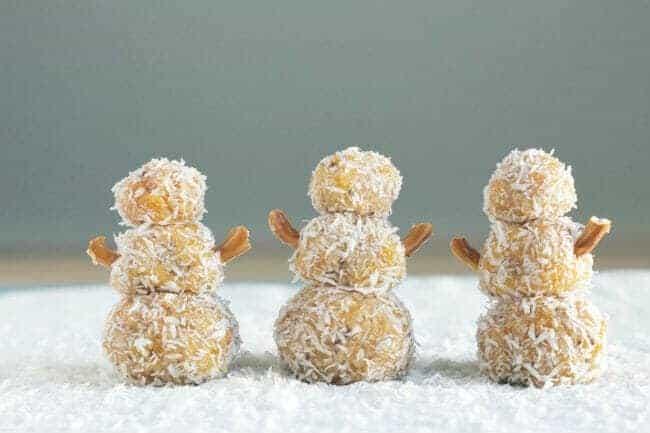 snowmen cookie bites