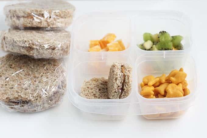make-ahead-pb&j-in-lunchbox