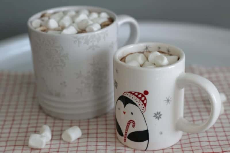 How to Make Homemade Hot Cocoa (With Less Sugar)