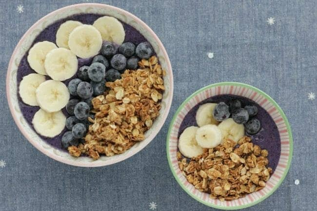 Berry Smoothie Bowls for the Whole Family