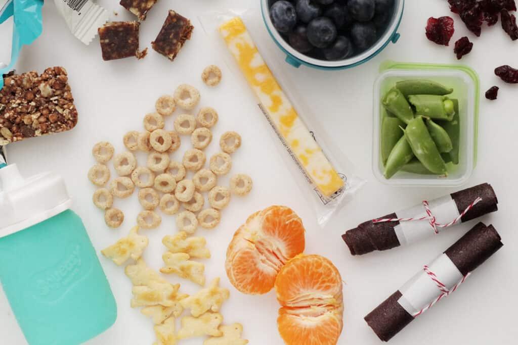 toddler-snacks-on-kitchen-counter