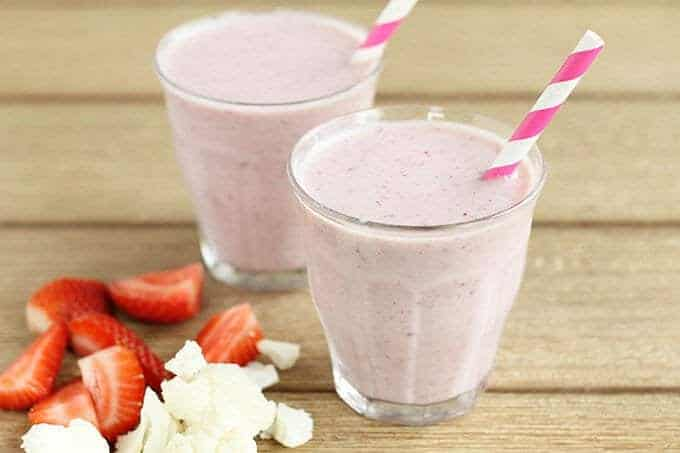 strawberry cauliflower smoothie for constipation in open cups with pink straws