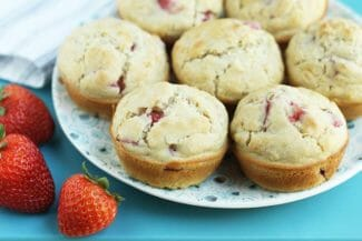 Healthy Strawberry Muffins (With Allergy-Friendly Options)
