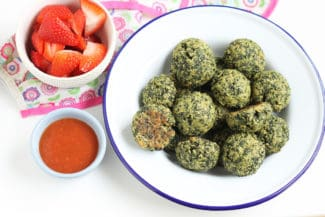 How to Make Cheesy Baked Kale Bites
