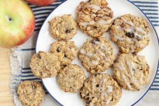 Apple Cookies with Oats and Raisins