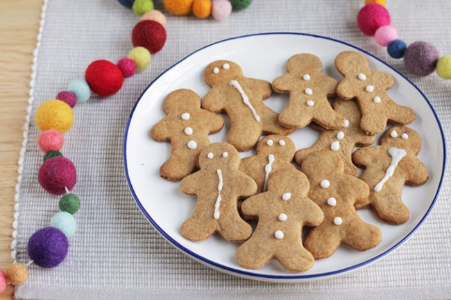 healthy gingerbread cookies on round plate