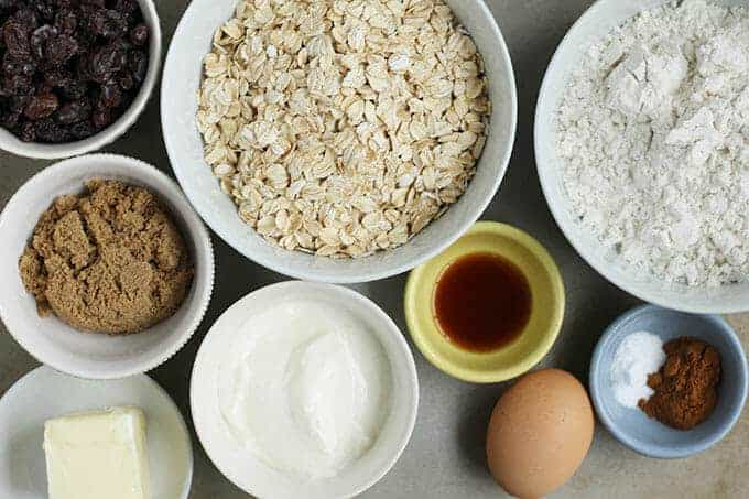 ingredients in healthy oatmeal raisin cookies