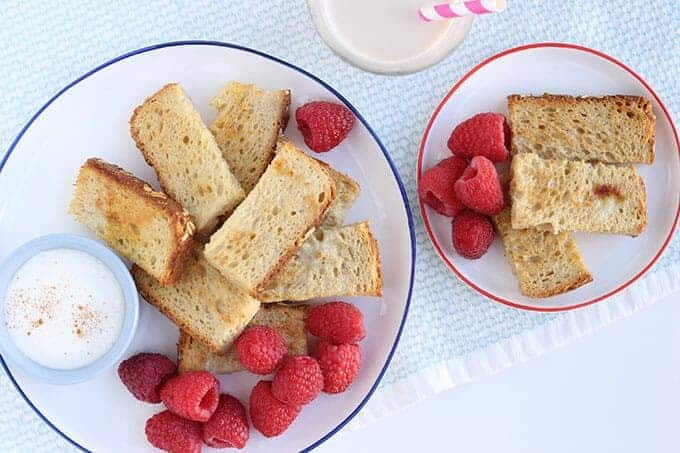 baked french toast sticks with raspberries