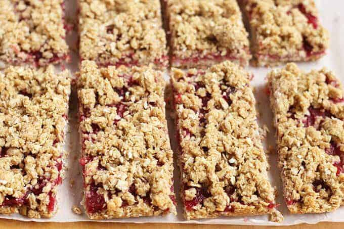 healthy breakfast bars with pb&J