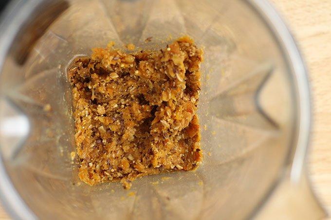 no-bake-cookie-mixture-in-blender
