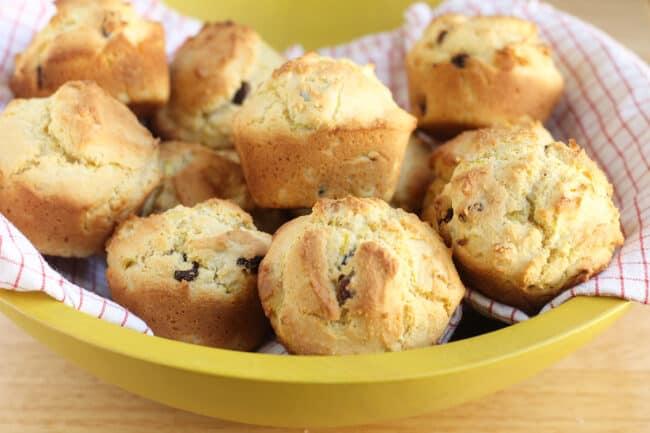 lemon-corn-muffins-in-bowl