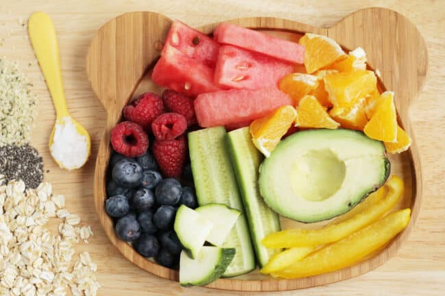foods-to-help-constipation-on-plate