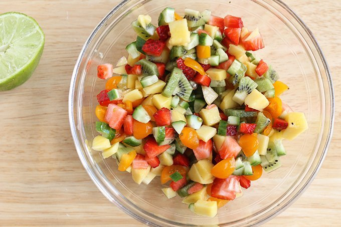 fruit salsa in glass bowl