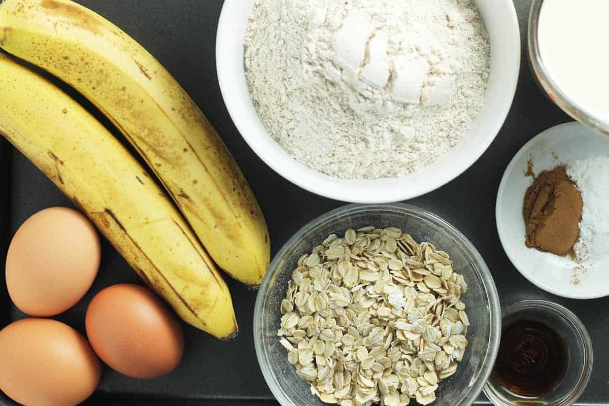 ingredients-in-banana-oatmeal-pancakes