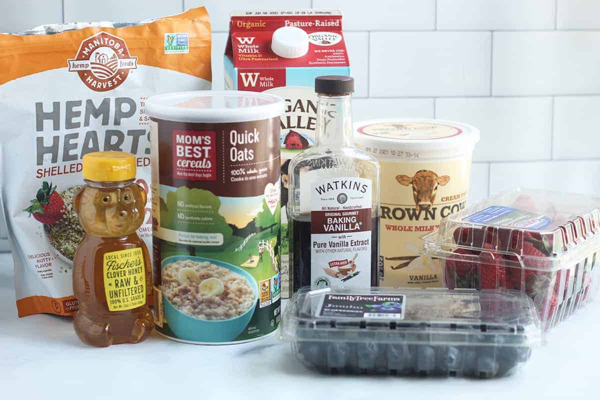 ingredients-in-overnight-oats-with-yogurt