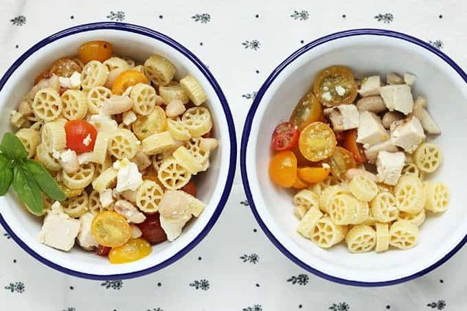 healthy pasta salad in two bowls