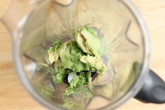 avocado in blender