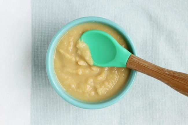 bean-puree-in-teal-bowl