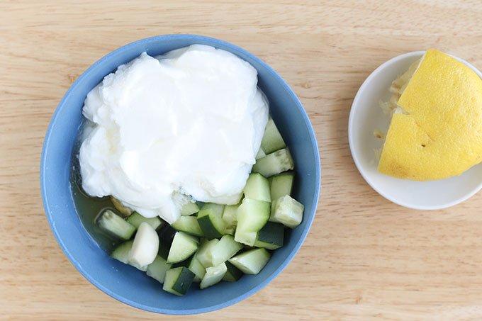 ingredients-in-cucumber-sauce