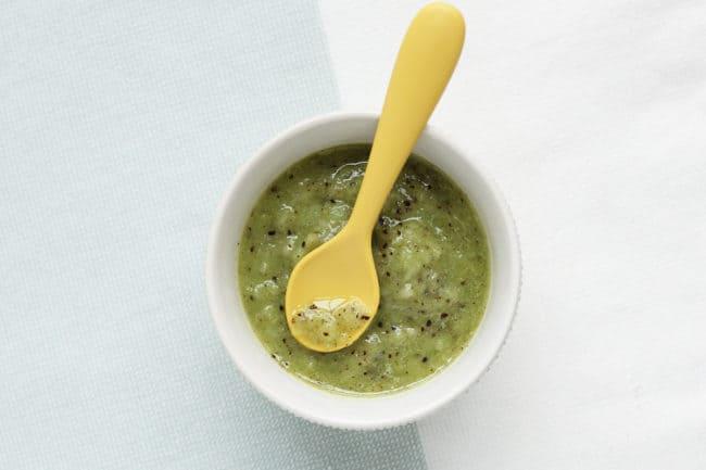 kiwi-puree-in-white-bowl