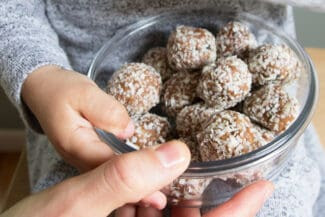 Easy No-Bake Energy Bites