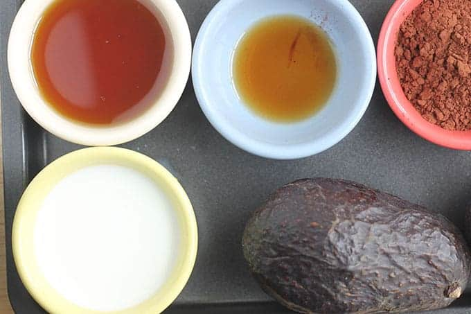 ingredients in chocolate avocado pudding