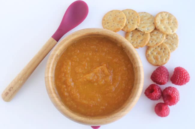 roasted-carrot-soup-with-crackers-and-berries