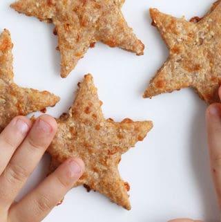 star-cheese-crackers