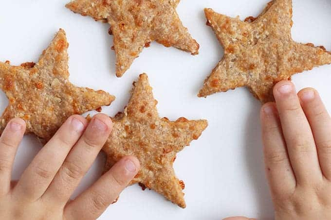 star-cheese-crackers