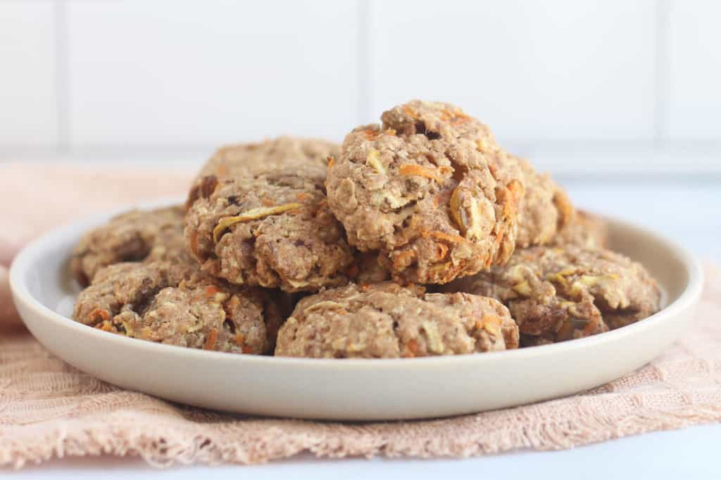 healthy-oatmeal-cookies-on-white-plate