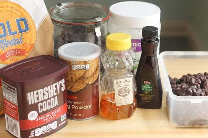 ingredients-in-black-bean-brownies