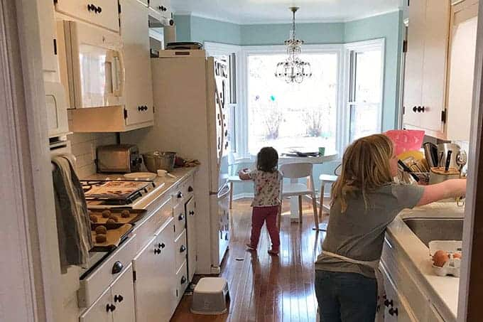 kitchen with kids