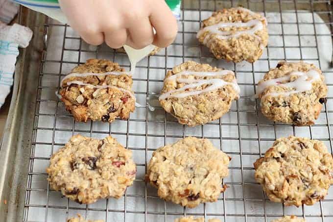 making-apple-cookies