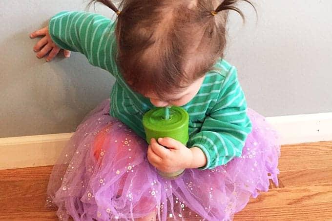 toddler-drinking-smoothie