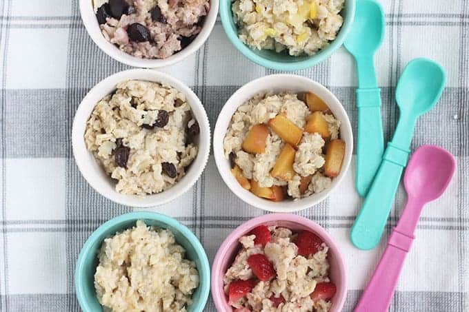 oatmeal-with-fruit-in-6-bowls-with-spoons