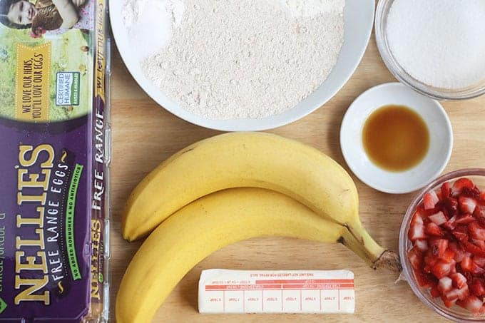 ingredients-in-strawberry-banana-bread